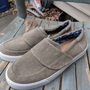 Toms Taupe Beige Canvas & Leather Sneakers 8.5M